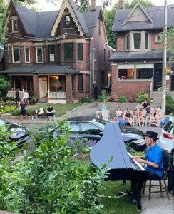 Socially Distanced Concert on Cassels Avenue